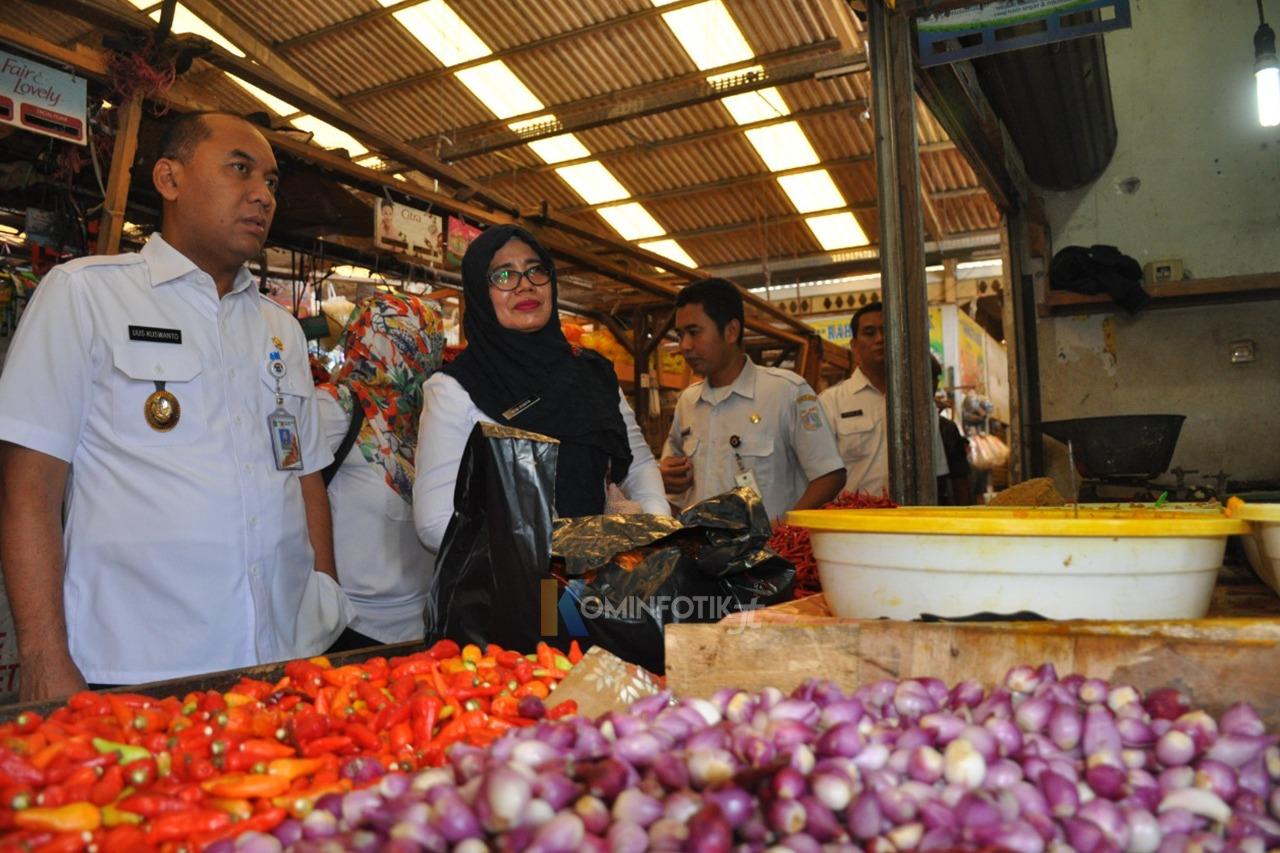 Sidak Stok Dan Harga Pangan Pasar Ujung Menteng Jelang Idulfitri