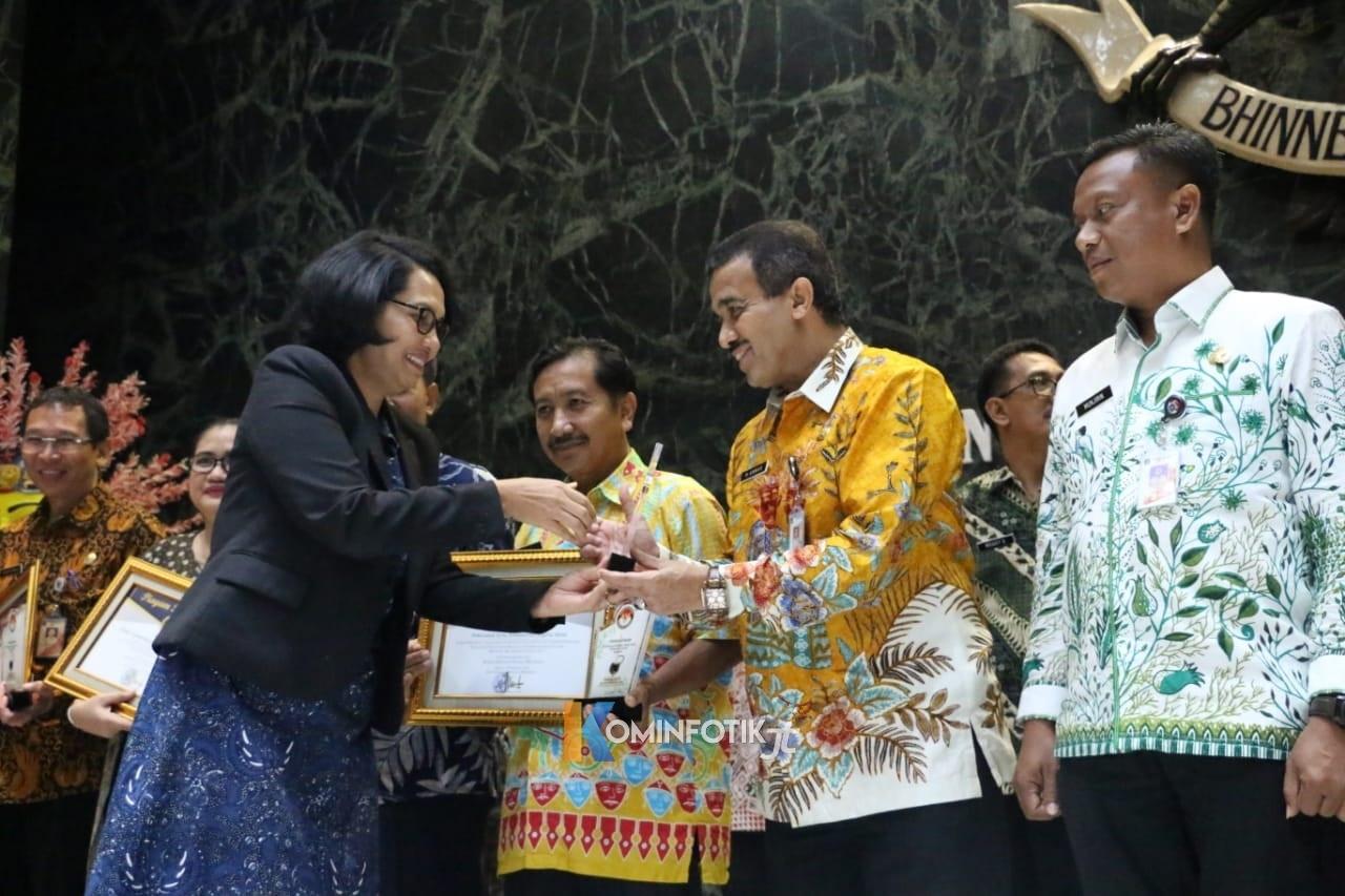 Jakarta Timur Raih Raih Anugrah Keterbukaan Informasi Badan Publik