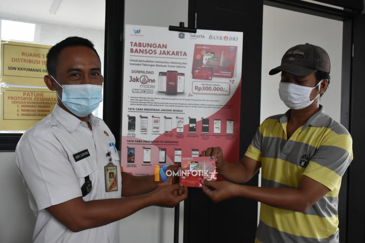 Pembagian BST Di SD Negeri 01 Dan 03 Kayu Manis Jalan Kayu Manis IV