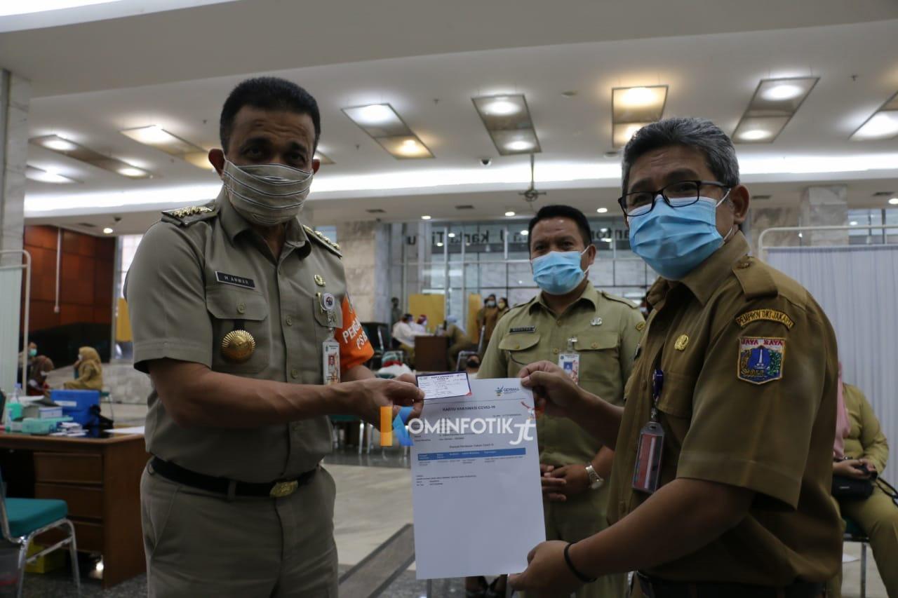 Vaksinasi Covid-19 ASN Jakarta Timur