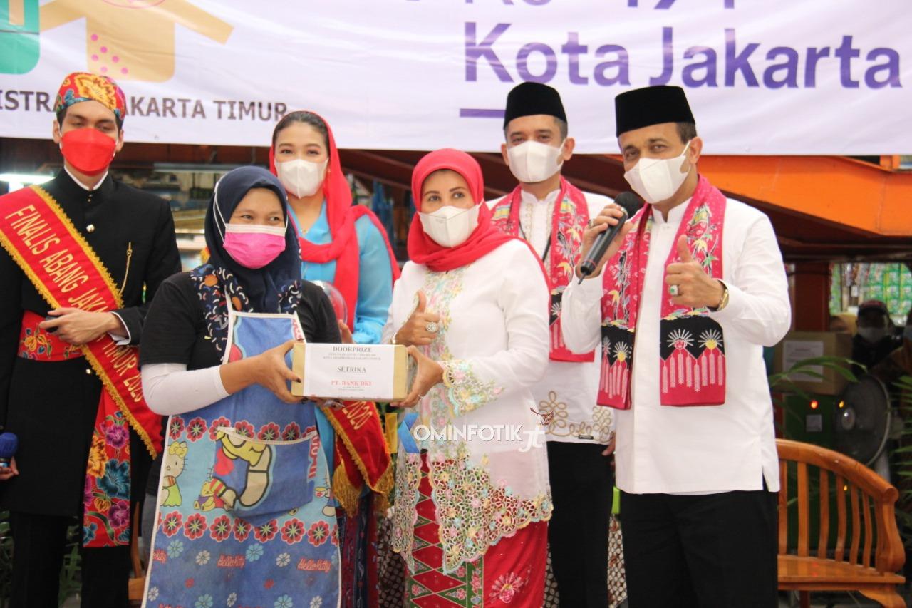 Pencanangan Hari Ulang Tahun (HUT) Ke-494 Kota Jakarta Di Pasar Embrio