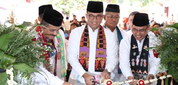 Gubernur DKI Jakarta Meresmikan 7 GOR Secara Simbolis