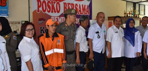 Pemantauan Posko Kesiapsiagaan Bencana Kelurahan Ciracas