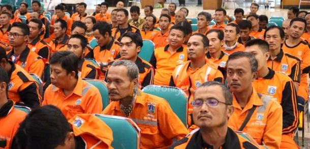 133 Petugas PPSU Jakarta Timur Jalani Pembinaan Pemeliharaan Jalan