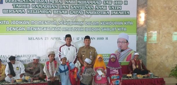 Peringatan Isra Mi`raj Dan Santunan Kepada Yatim Piatu Di Lapas Narkotika Jakarta