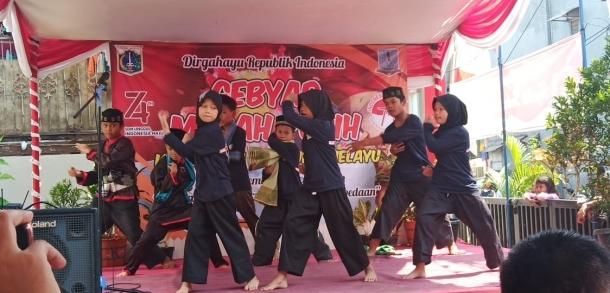 Gebyar Merah Putih Kampung Melayu