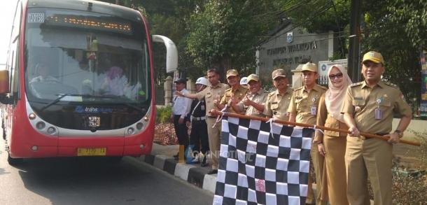 Pelepasan Wisata Ancol Para Pengurus RT Dan RW Serta Jumantik Jakarta Timur