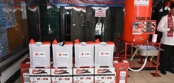 Kecamatan Pulo Gadung Terima Bantuan Alat Semprot Dan Wastafel Portabel