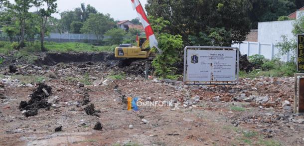 Proyek Pembuatan Waduk Pilar Di Kelurahan Cipinang Melayu