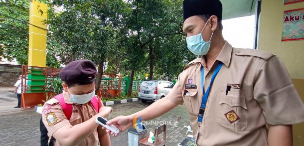 Uji Coba Sekolah Tatap Muka Di Jakarta Timur